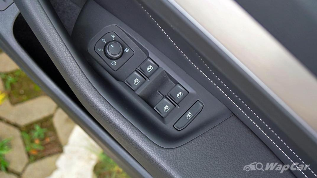 2020 Volkswagen Passat 2.0TSI Elegance Interior 064
