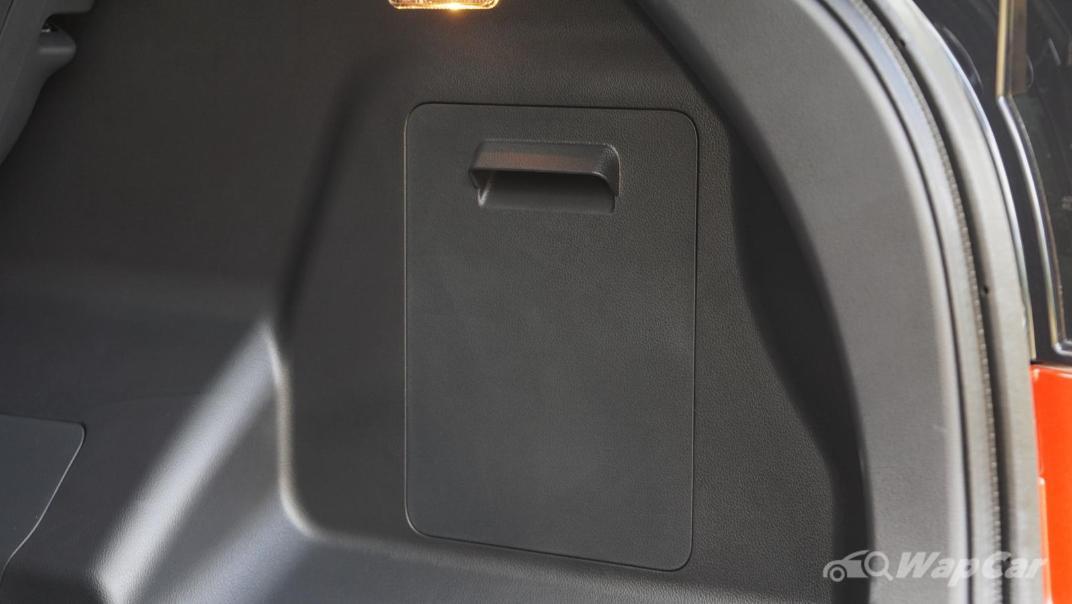 2021 Perodua Ativa 1.0L Turbo AV Special Metallic Interior 089