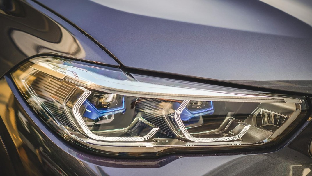 2020 BMW X6 xDrive40i M Sport Exterior 005