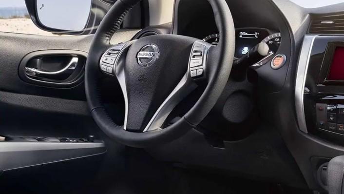 2020 Nissan Terra International Version Interior 002