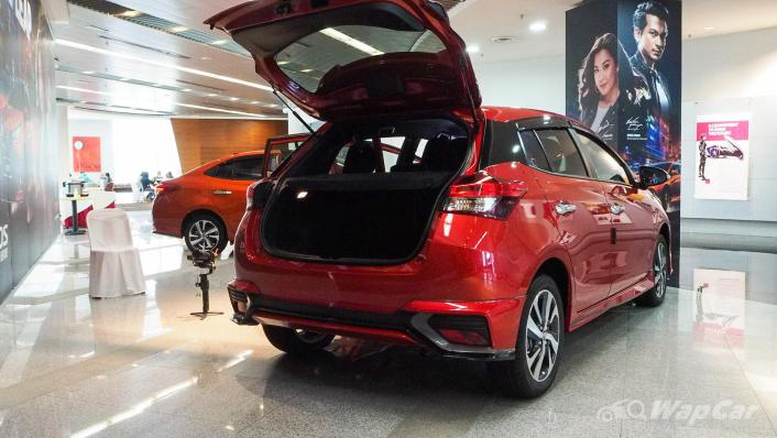 2021 Toyota Yaris 1.5G Interior 006