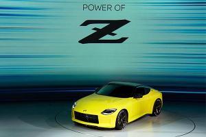 Nissan Z Proto sticks it old-school – 6-speed manual, twin-turbo V6