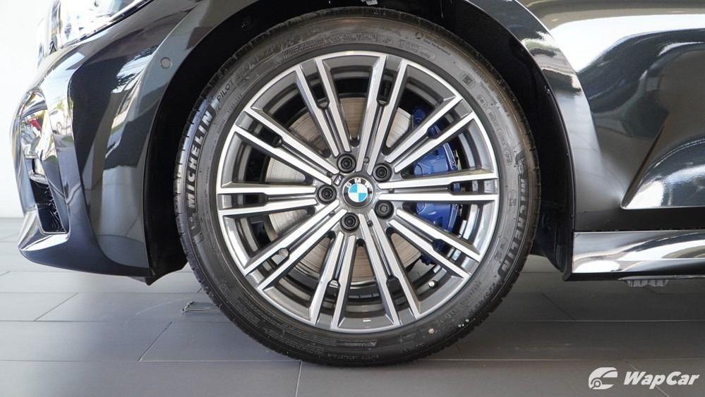 2019 BMW 3 Series 330i M Sport Exterior 056