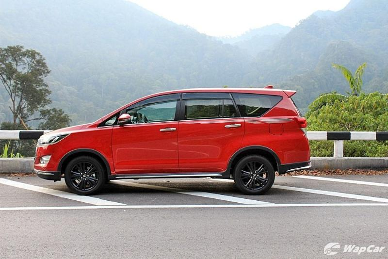 Believe it or not, this is a Toyota Innova 02