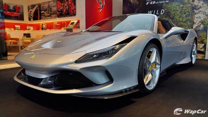 2020 Ferrari F8 Spider  Exterior 001