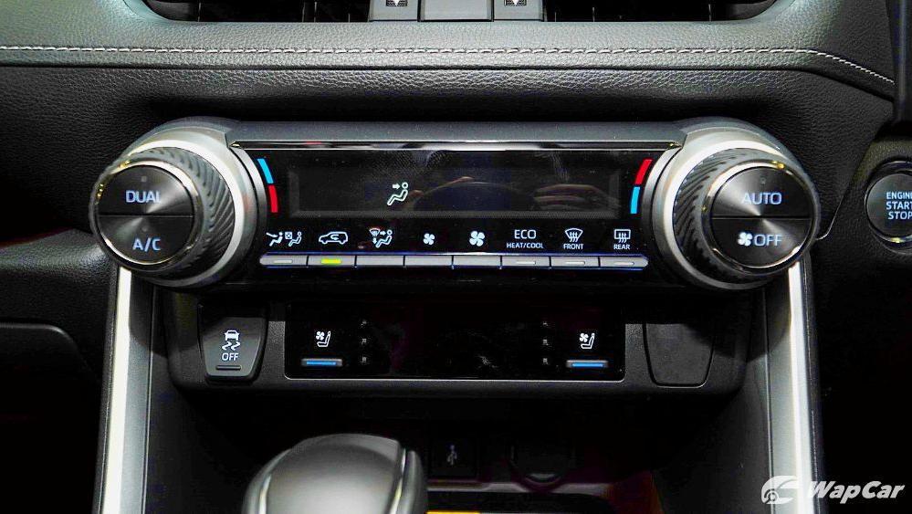 2020 Toyota RAV4 2.5L Interior 063
