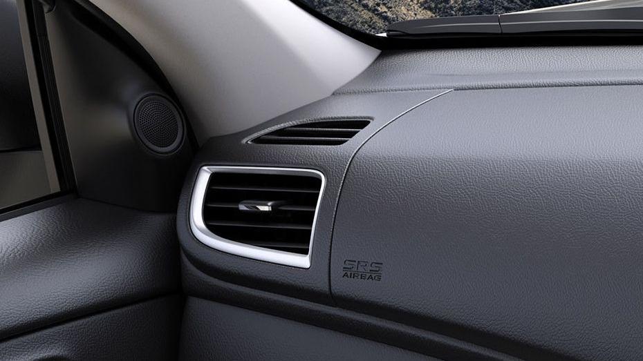 Mitsubishi Triton (2019) Interior 013