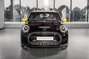 2021 MINI Electric facelift arrives in Malaysia, RM 1k cheaper at RM 217k