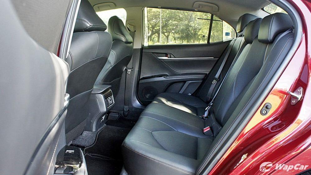 2019 Toyota Camry 2.5V Interior 107