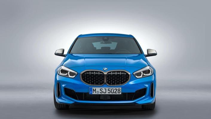 2020 BMW 1 Series M135i xDrive Exterior 002