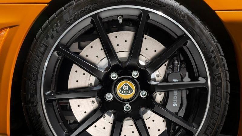 2019 Lotus Evora GT Exterior 002