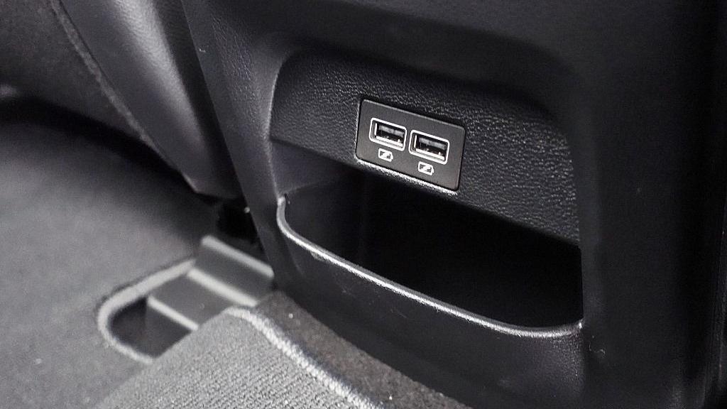2018 Proton X70 1.8 TGDI Executive AWD Interior 054