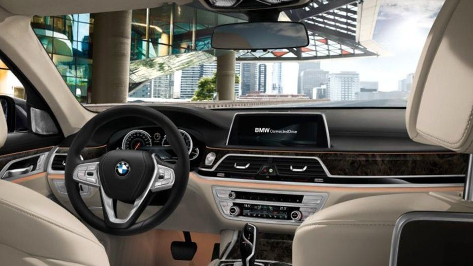 BMW 7 Series (2019) Interior 001