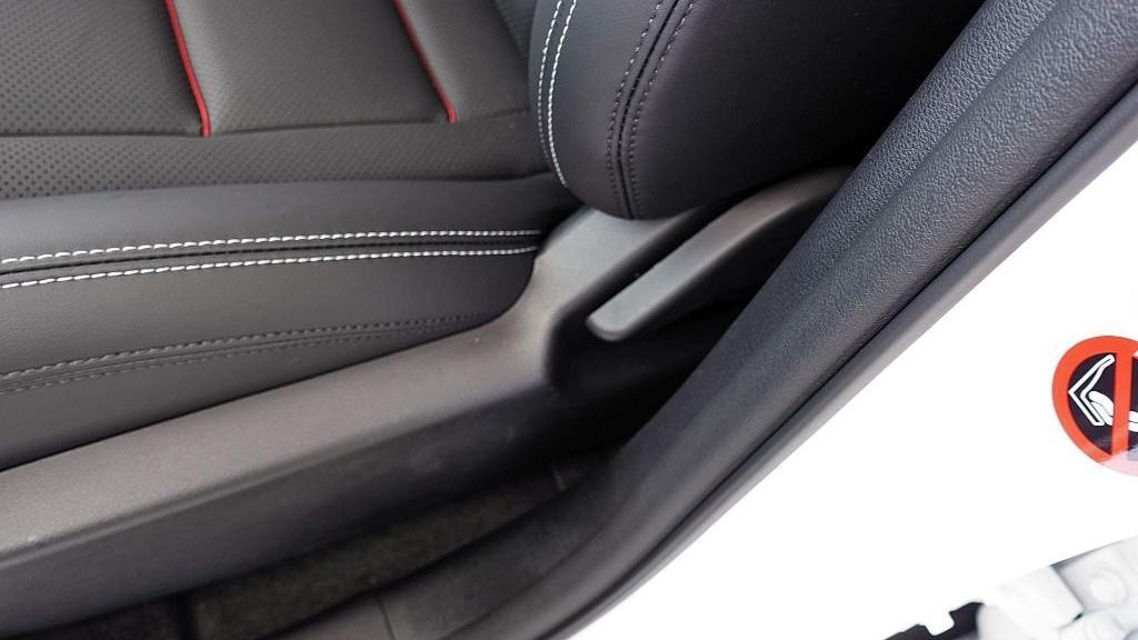 2018 Proton X70 1.8 TGDI Executive AWD Interior 047