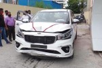 Watch: New Kia Carnival owner accidentally becomes crash test dummy in dealer lot