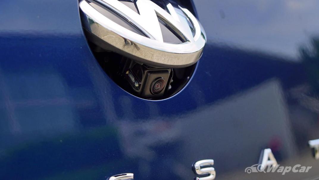 2020 Volkswagen Passat 2.0TSI Elegance Exterior 057
