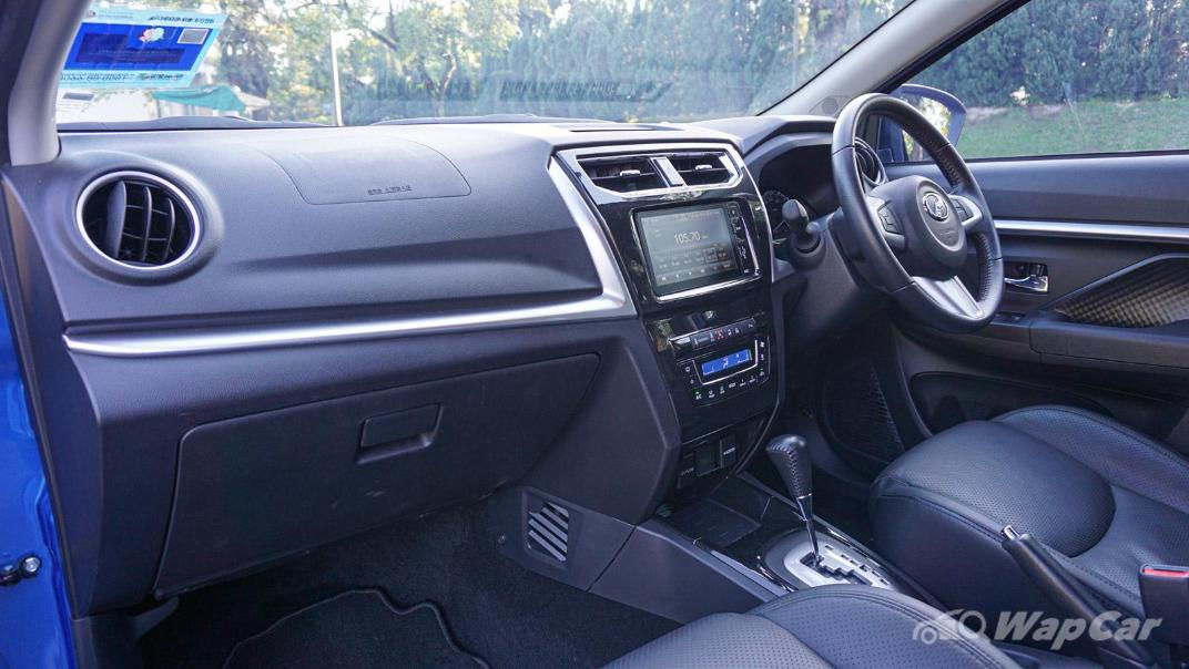 2019 Perodua Aruz 1.5 AV Interior 018