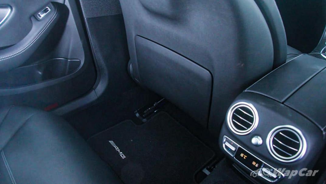 2018 Mercedes-Benz C-Class C 300 AMG Line Interior 038