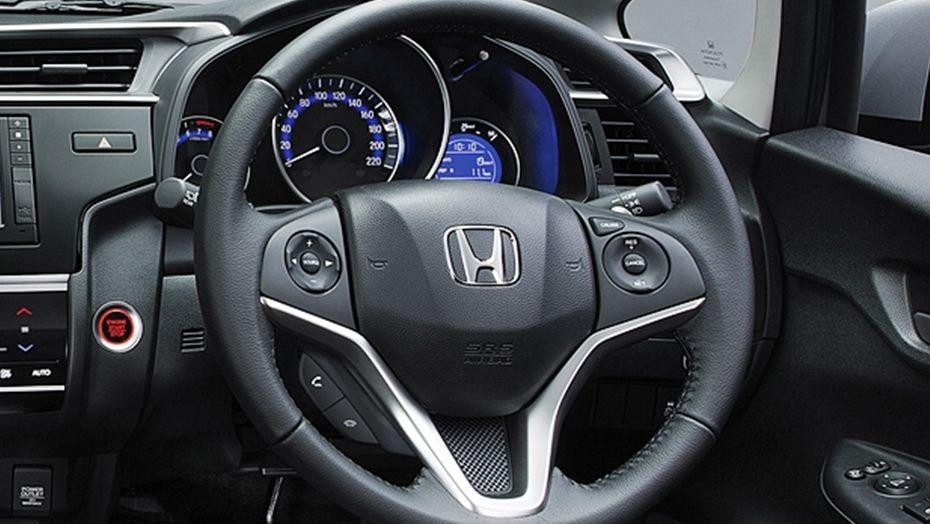 Honda Jazz (2018) Interior 002