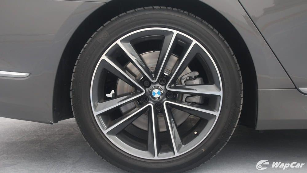 2019 BMW 7 Series 740Le xDrive Exterior 034
