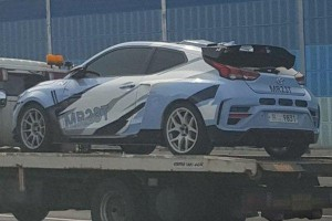 Hyundai MR23T test mule spotted, a mid-engine rear-wheel drive hatch?!