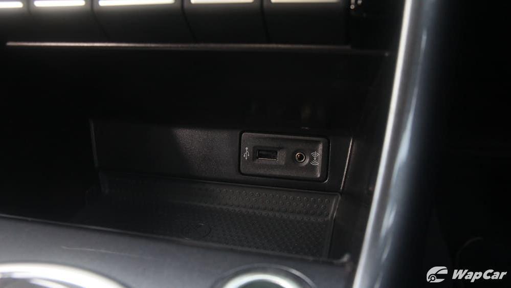 2018 Volkswagen Beetle 1.2 TSI Sport Interior 014