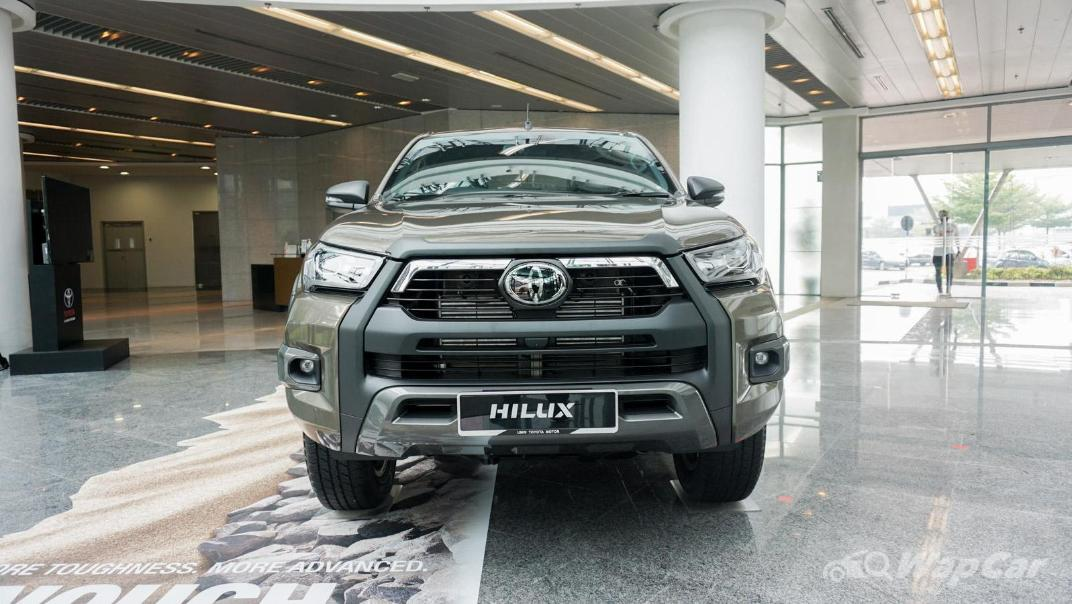 2020 Toyota Hilux Double Cab 2.8 Rogue AT 4X4 Exterior 060