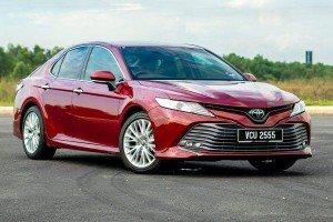 WapCar readers prefers the Toyota Camry 2.5V over other D-segment sedans