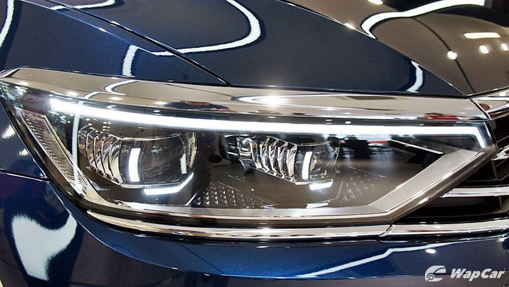 2020 Volkswagen Passat 2.0TSI Elegance Exterior 039
