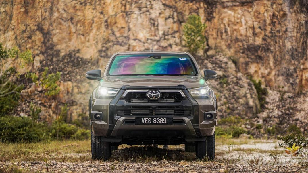 2020 Toyota Hilux Double Cab 2.8 Rogue AT 4X4 Exterior 104