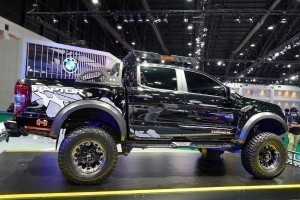 Ford Ranger Raptor yang lagi garang di Pameran Motor Antarabangsa Bangkok 2020, cun tak?