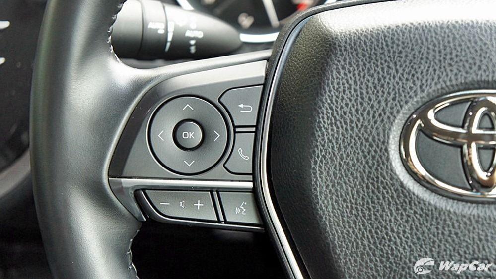2019 Toyota Camry 2.5V Interior 075