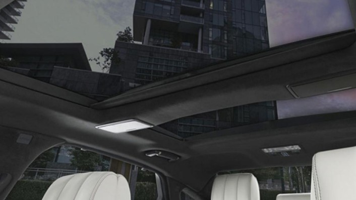 Jaguar XJ (2017) Interior 006