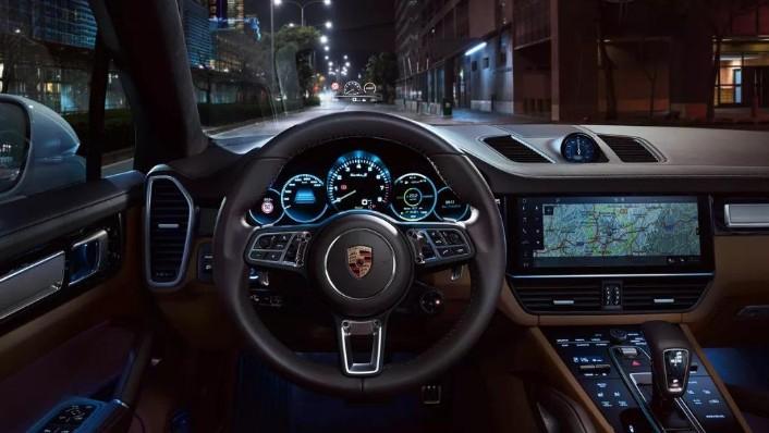 Porsche Cayenne (2019) Interior 005