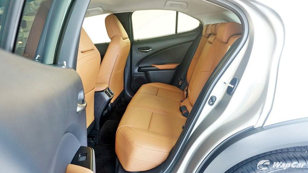 2020 Lexus UX 200 Luxury Interior 052