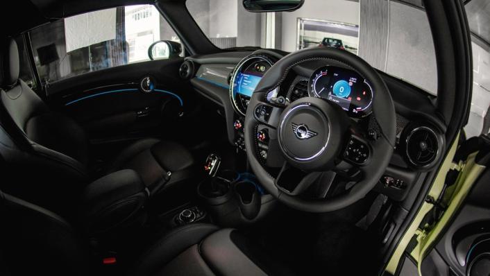 2021 MINI Convertible Cooper S Interior 001