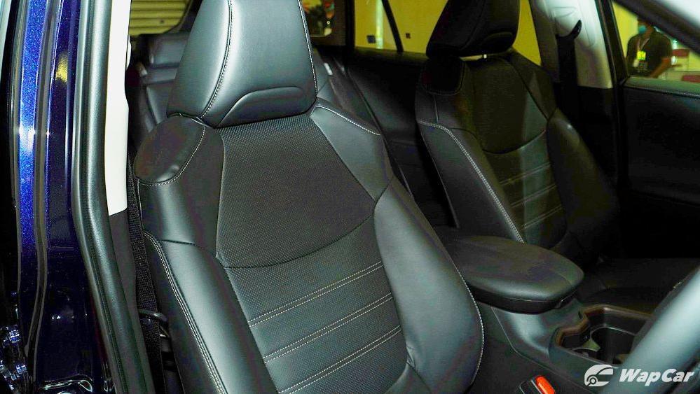 2020 Toyota RAV4 2.5L Interior 081