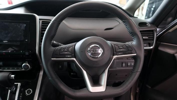 2018 Nissan Serena S-Hybrid Highway Star 2.0 Interior 006