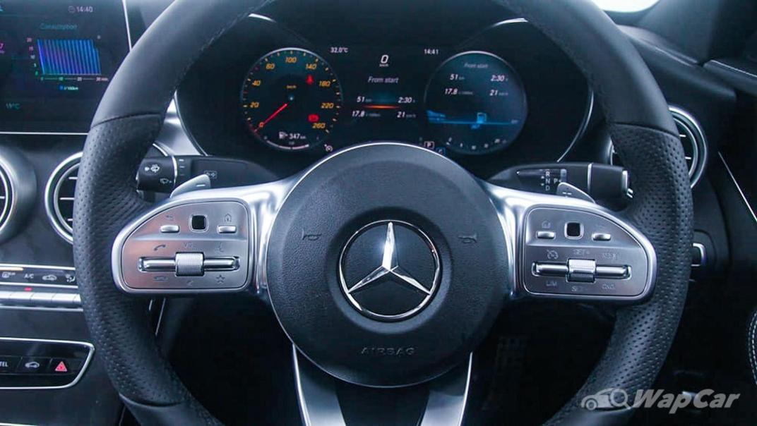 2018 Mercedes-Benz C-Class C 300 AMG Line Interior 006
