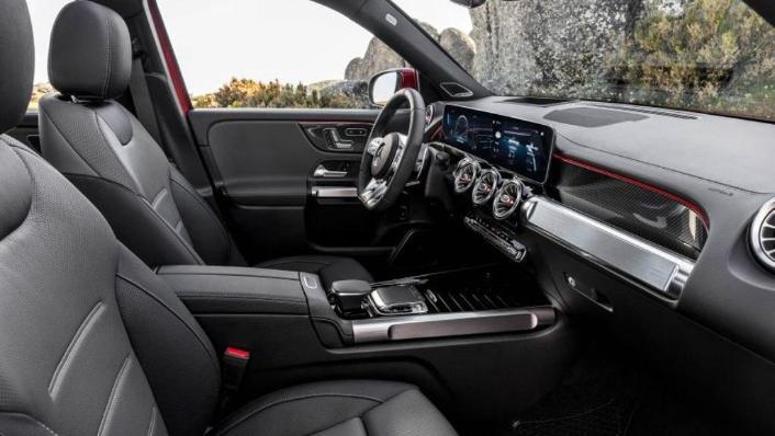 2020 Mercedes-AMG GLB 35 4MATIC Interior 010