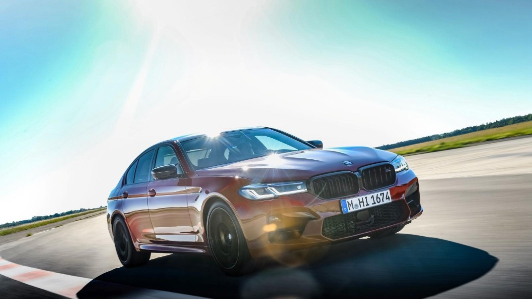 2020 BMW M5 Exterior 006