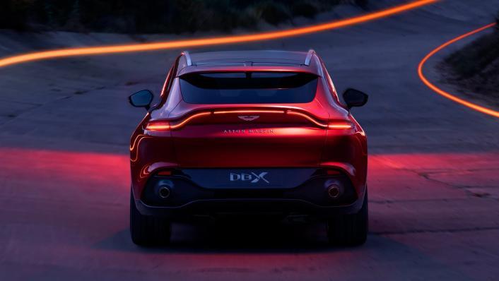 2021 Aston Martin DBX Exterior 003
