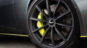 Aston Martin DB11 (2018) Exterior 014