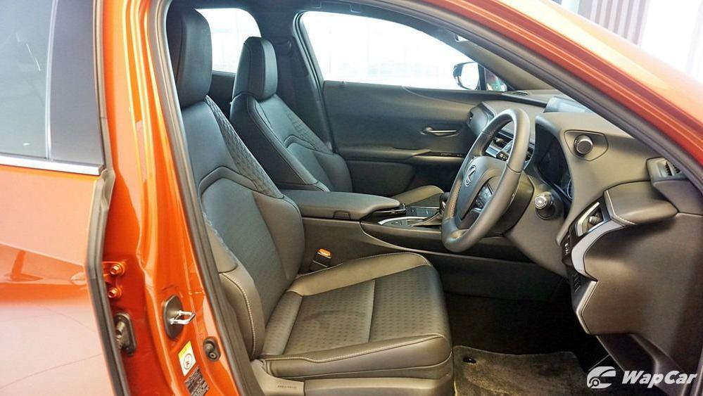 2020 Lexus UX 200 Urban Interior 027