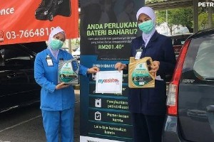 Covid-19: Petronas offers free oil change for frontline workers