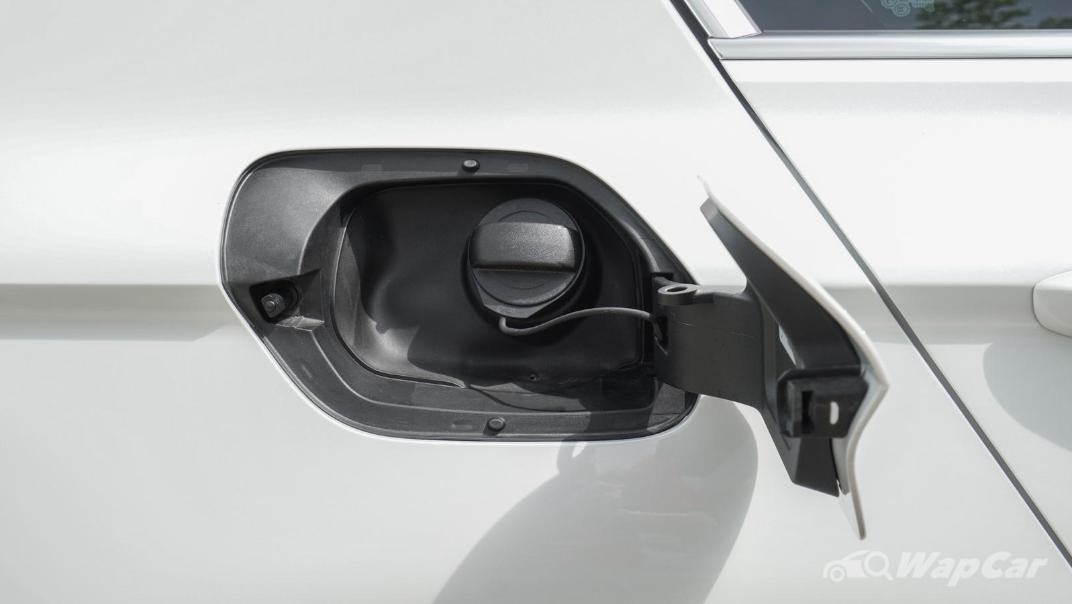 2020 Volkswagen Passat 2.0TSI R-Line Exterior 013