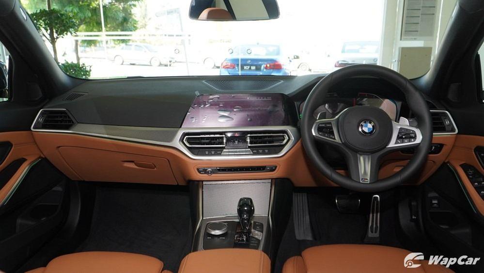 2019 BMW 3 Series 330i M Sport Interior 001
