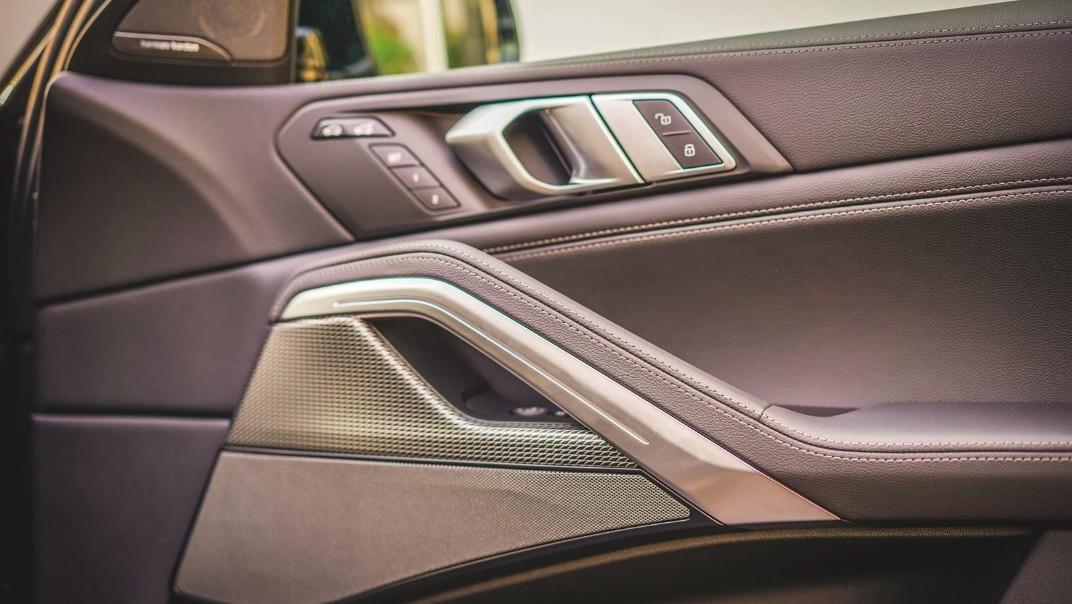 2020 BMW X6 xDrive40i M Sport Interior 016