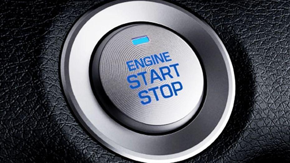 Hyundai Elantra (2018) Interior 002