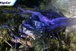 Wanita naik Toyota Vios nyaris maut dihempap pokok besar di PD